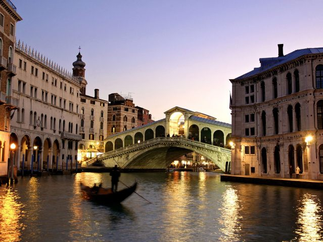 Rialto-Bridge-Venice-Italy