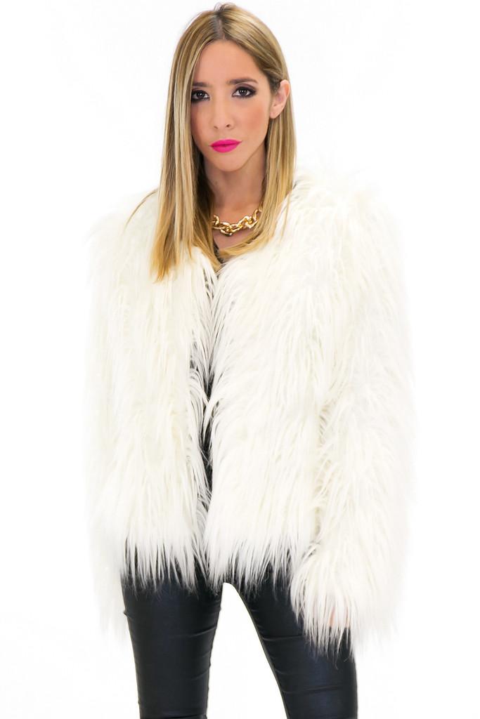 faux fur diva | Ana's Fashionality