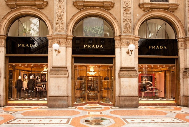 Prada-store-in-Galleria-Vittorio-Emanuele-first-store-of-the-brand
